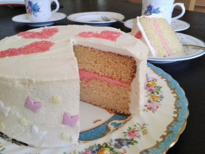 White chocolate layer cake with raspberry buttercream filling easy to slice ideal party cake 1