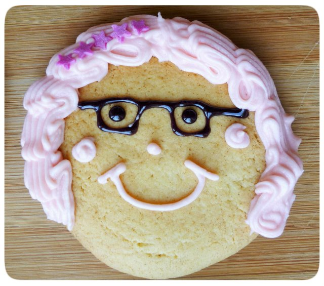 Caramel biscuits cookies face decoration with crimped piping buttercream hair 5