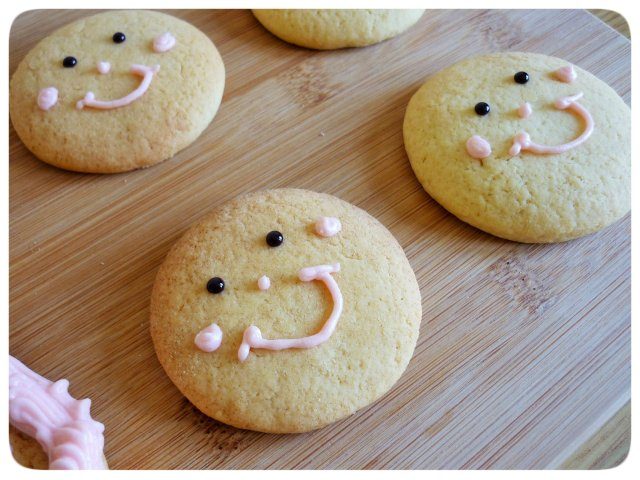 Caramel biscuits cookies just faces before hair