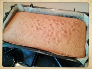How to make Charlie's old school sponge cake just out of the oven
