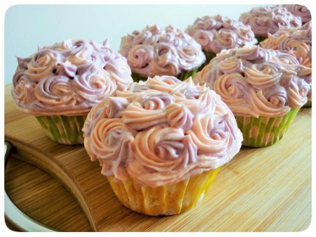 Mini rosette vanilla cupcakes with two tone decorative buttercream frosting