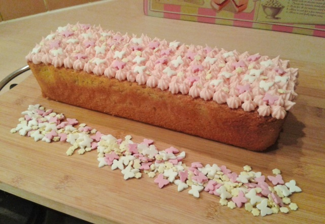 Yoghurt cake yogurt cake with star piping 2