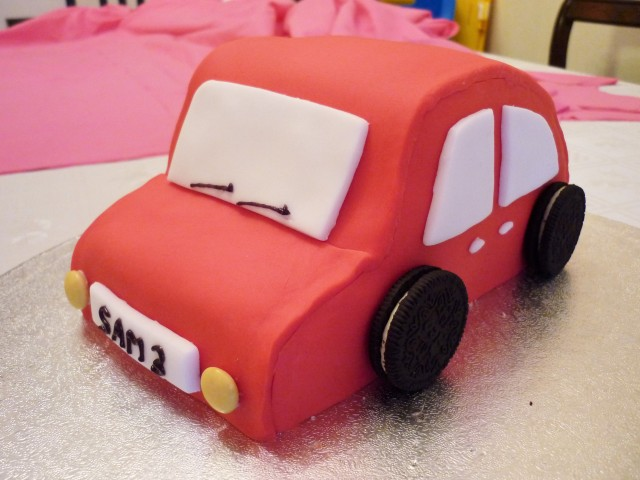 Kid's car birthday cake 2
