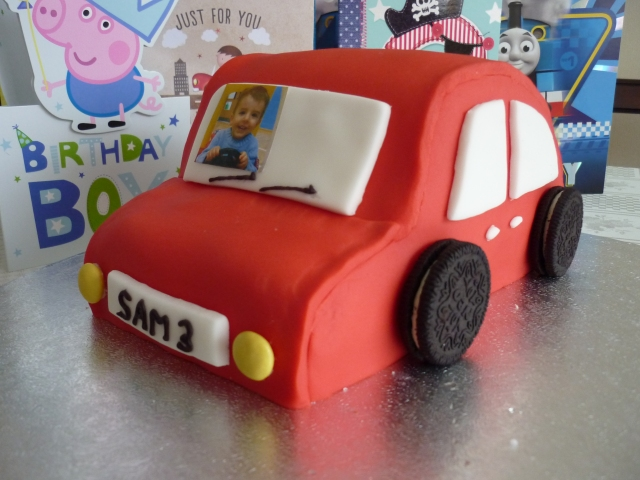 Kid's car birthday cake 3