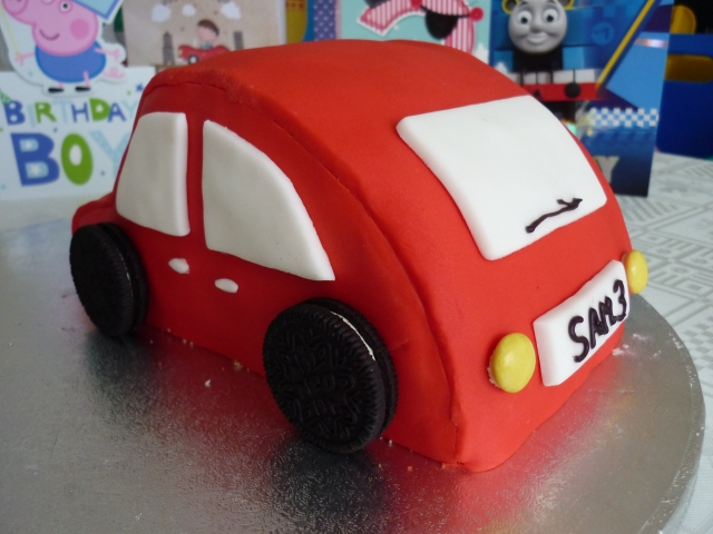 Kid's car birthday cake 4