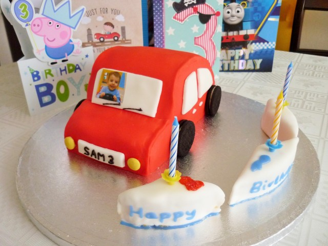 Kid's car birthday cake 6