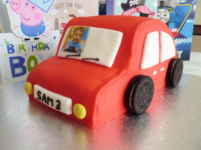 Kid's car birthday party cake