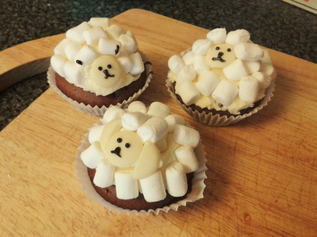 Sheep cupcakes baking fail