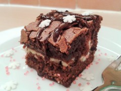 Chocolate cheesecake brownies with snowflake christmas decorations 2