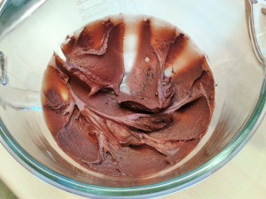 Heavenly chocolate cake fudge frosting