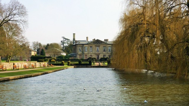 Coombe Abbey hotel and Coombe Abbey Country Park near Coventry 3