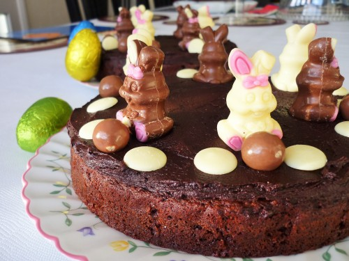Easter bunny chocolate cake with maltesers 1