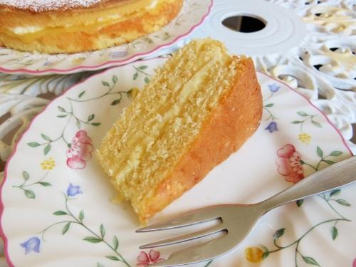 Cake Recipe With Lemon Curd: Lemon Sponge Cake With Lemon Curd And Buttercream