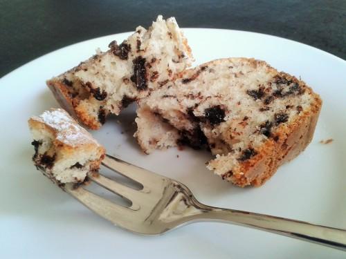 stracciatella cake chocolate chip loaf sponge cake slice