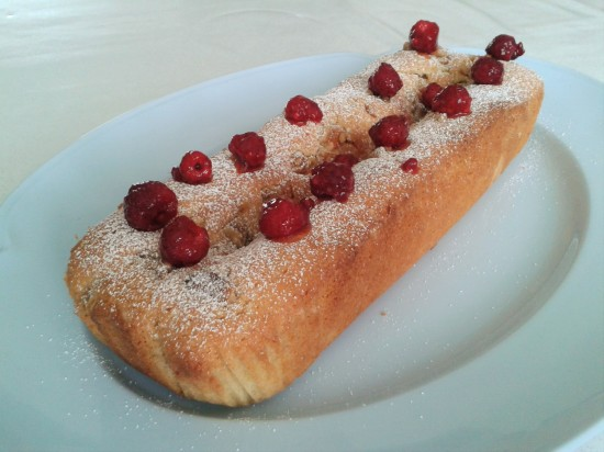 Raspberry and walnut loaf cake easy cake recipe using raspberries 2