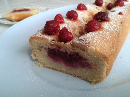 Raspberry and walnut loaf cake quick cake recipe using raspberries