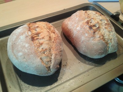 wholemeal-split-tin-easy-bread-recipe-fresh-from-oven