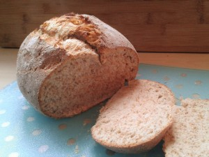 wholemeal-split-tin-easy-bread-recipe-sliced