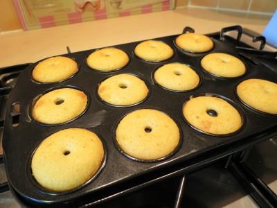 baked-mini-iced-doughnut-donuts-recipe-freshly-baked-2