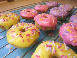 baked-mini-iced-doughnut-donuts-recipe-icing-guide