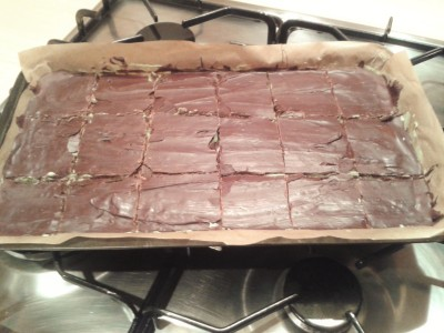 baking-for-halloween-party-mint-millionaires-shortbread-recipe-uk-green-mint-chocolate-squares
