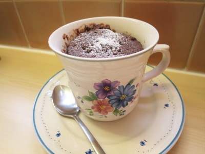 chocolate-cake-microwave-mug-cake-easy-recipe-uk