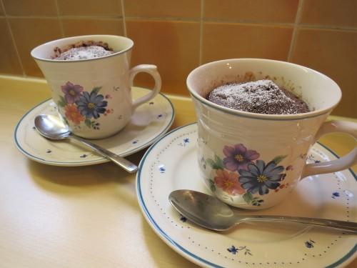 chocolate-microwave-mug-cake-fast-recipe-uk