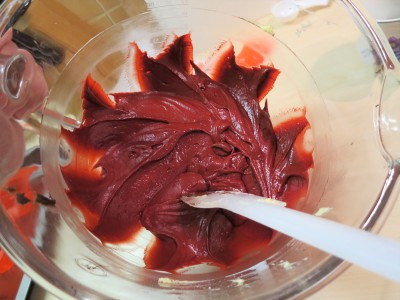 how-to-get-red-velvet-cake-truly-red
