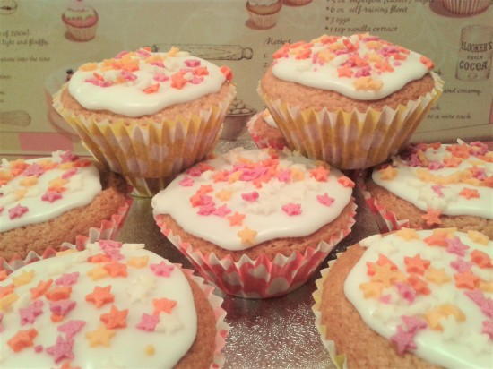how-to-make-strawberry-yoghurt-cupcakes-easy-method-with-icing-and-sprinkles-uk