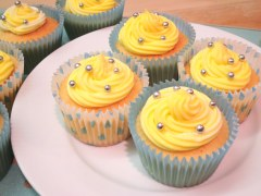 lemon-cupcakes-school-bake-sale-and-lemon-buns-recipe-with-icing