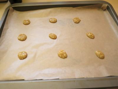 how-to-make-chocolate-hazelnut-brittle-snaps-recipe-uk