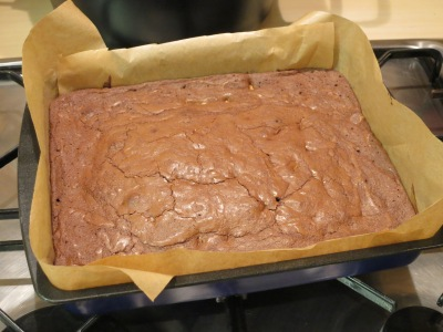 recipe-for-chocolate-almond-and-white-chocolate-brownies-uk