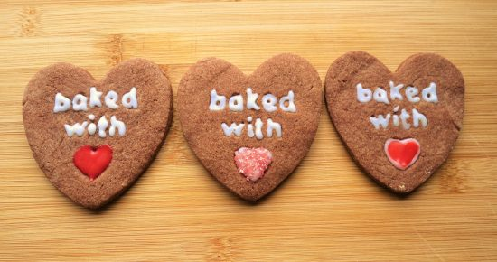 valentines-day-baking-ideas-easy-chocolate-heart-biscuits-decoration-recipe-uk