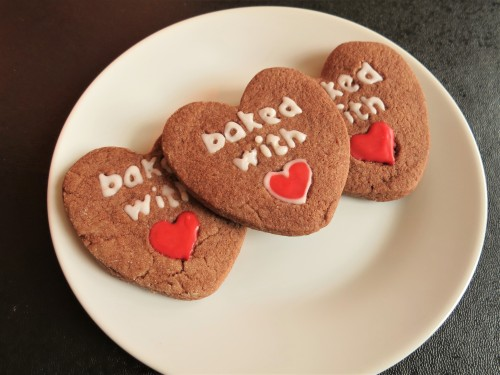 valentines-day-cooking-and-baking-ideas-chocolate-heart-biscuits-uk-recipe