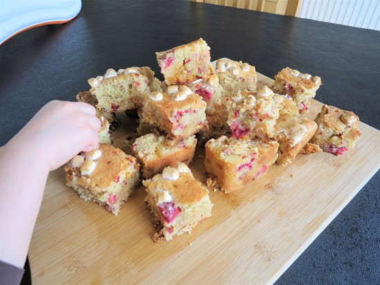 easy recipe for raspberry and white chocolate blondies uk