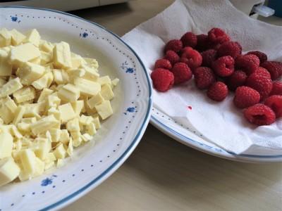 raspberry and white chocolate blondies