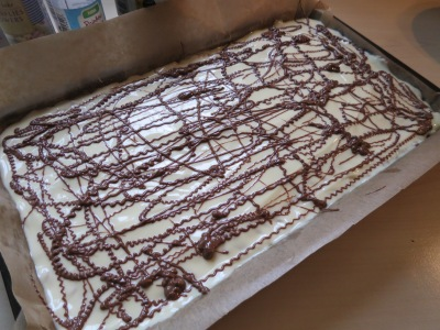 Mars bar and rice krispie cake bars uk easy tray bake recipe