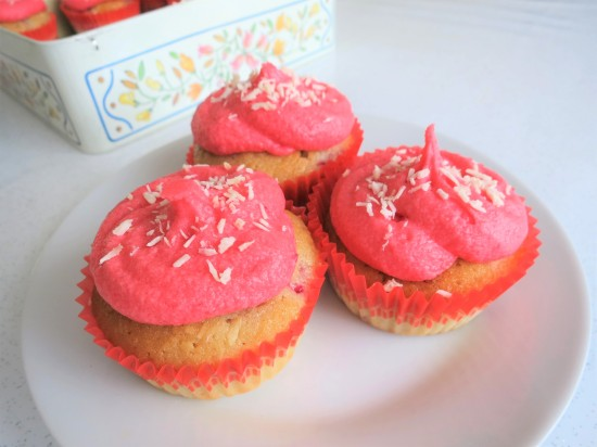 How to make raspberry and coconut cupcakes with raspberry buttercream frosting simple recipe uk