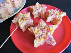Rice Krispies stars marshmallow white chocolate tray bake treats cake pops easy recipe uk