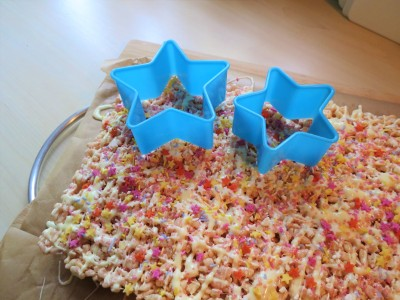 Rice Krispies stars marshmallow white chocolate tray bake treats recipe uk