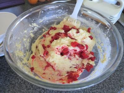 Simple raspberry cupcakes with orange drizzle recipe