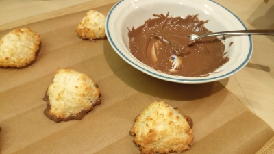 Chocolate dipped coconut macaroon how to dip uk recipe
