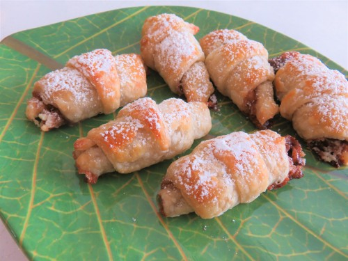 mini nutella croissants easy quick recipe for using up puff pastry