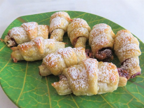 mini nutella croissants easy recipe for using up puff pastry