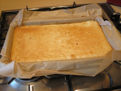 Lemon bars tray bake recipe simple uk