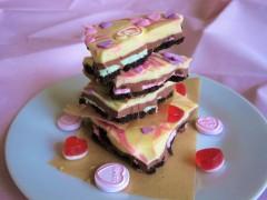 Valentine's oreo white and mint chocolate bark pink swirl easy uk recipe