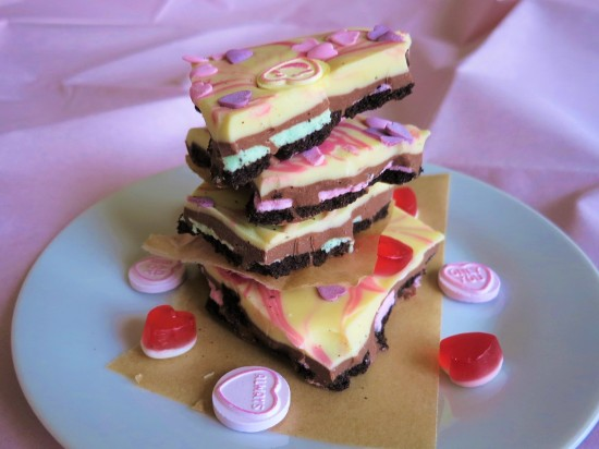 Valentine's oreo white and mint chocolate bark pink swirl easy uk recipe