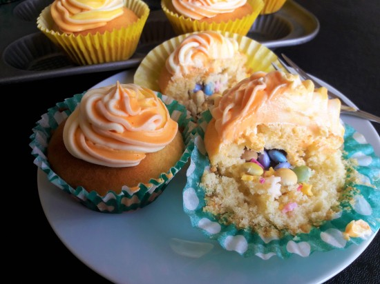 Piñata pinata cupcakes uk recipe made using condensed milk and hidden sweeties and multicoloured icing