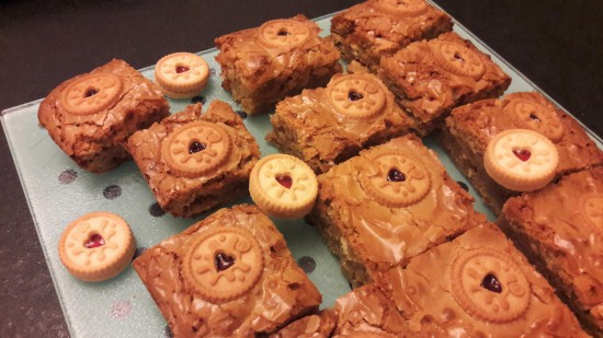 Mini Jammie dodger white chocolate blondies easy recipe uk