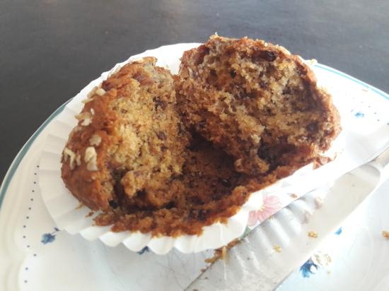 Banana, raisin, oat and honey muffins easy uk breakfast muffin recipe